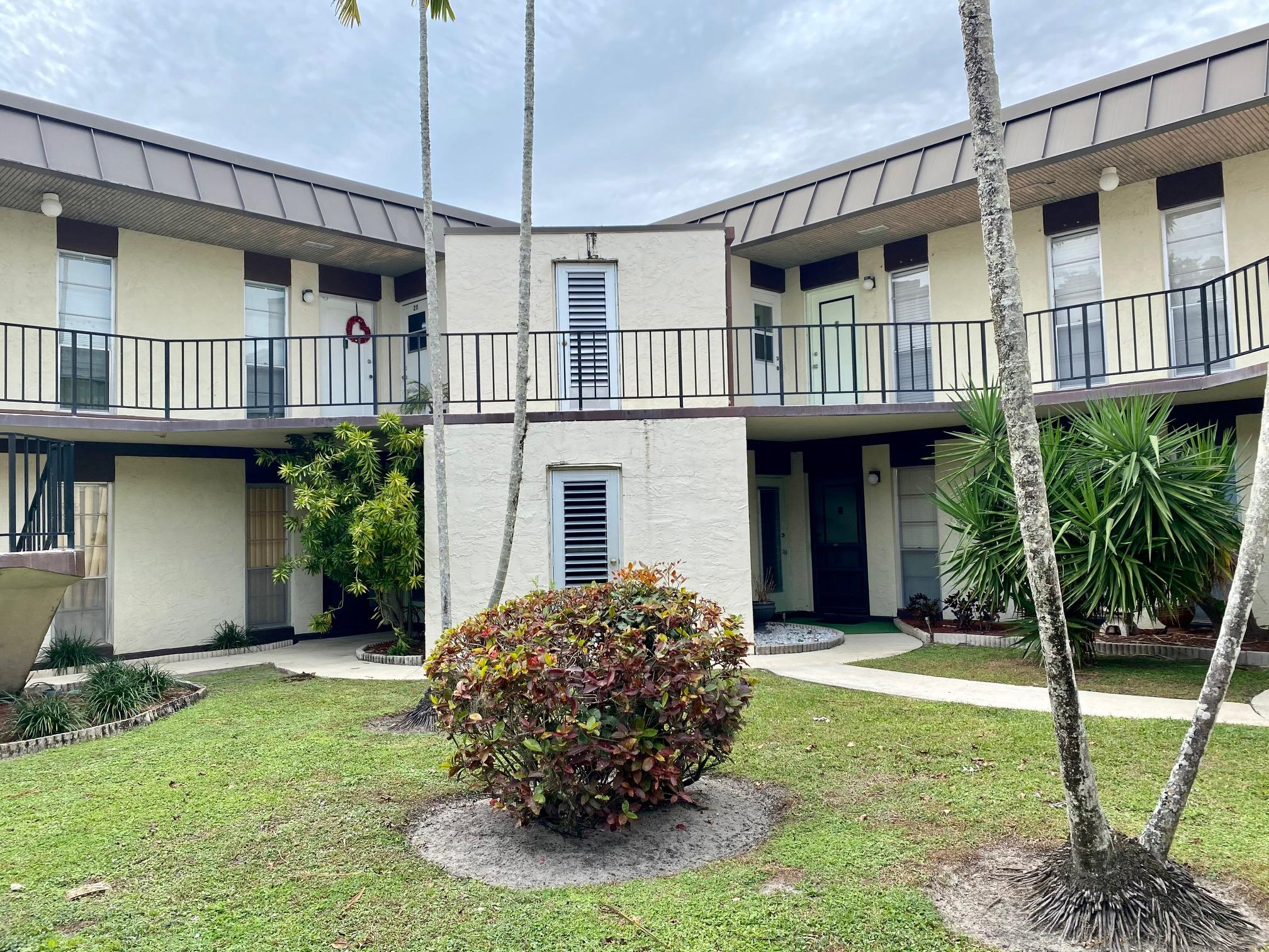 Home for sale in Greenway Village North Condo Royal Palm Beach Florida