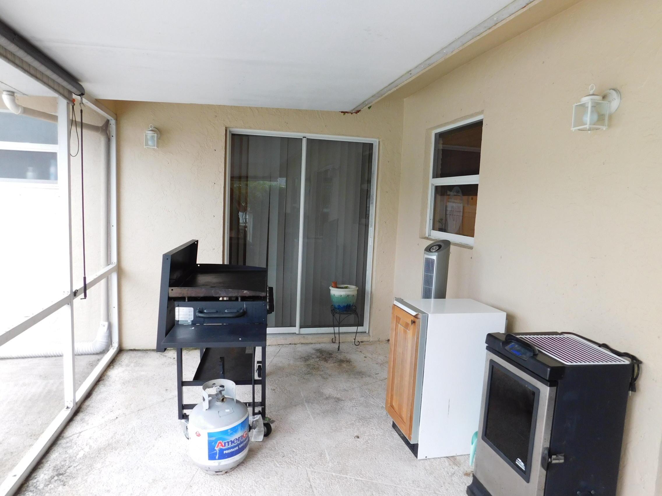 114 Santiago Street Royal Palm Beach, FL 33411 photo 18