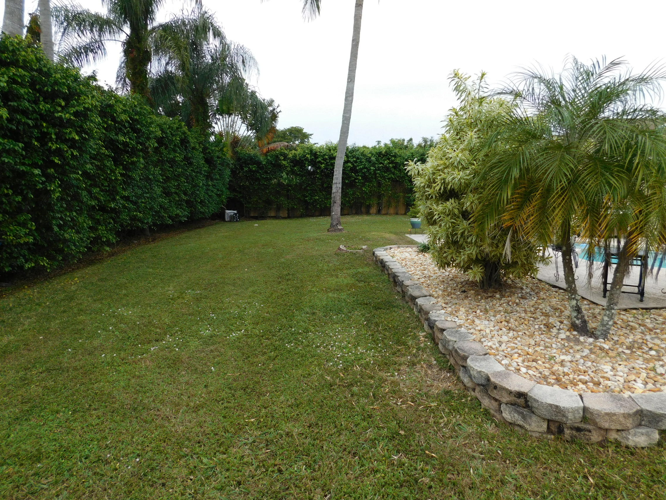 114 Santiago Street Royal Palm Beach, FL 33411 photo 3