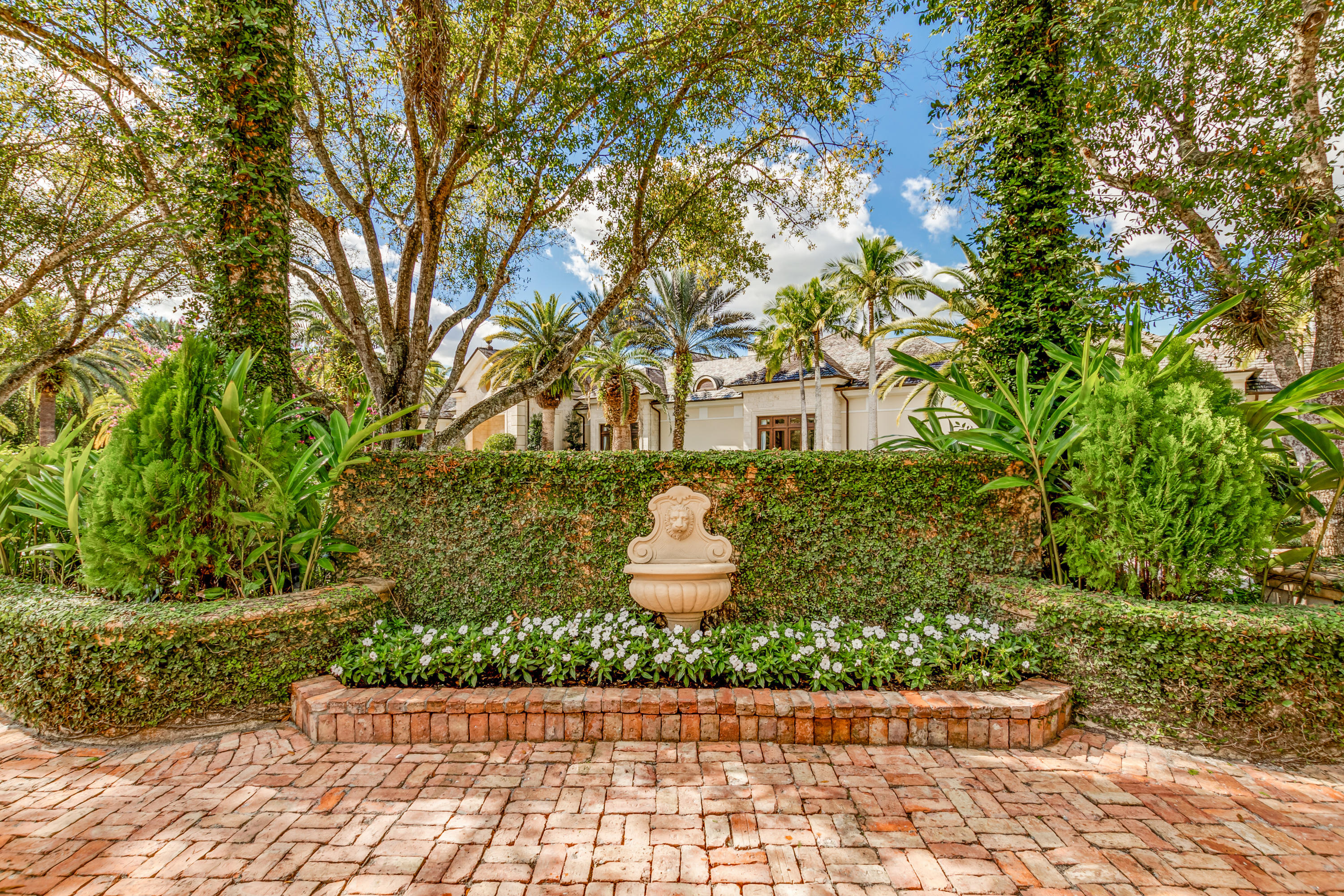 Front Entry Driveway Fountain