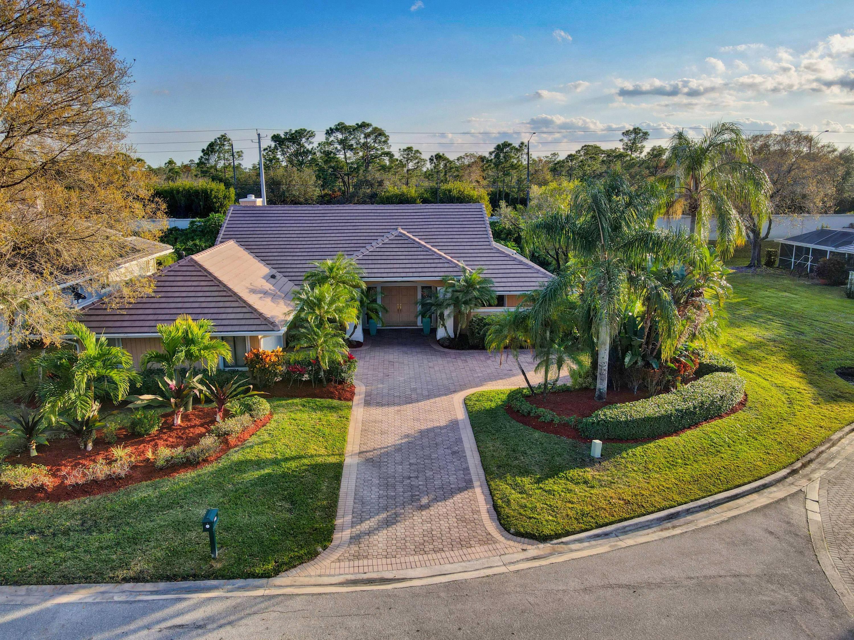 Photo of 142 Thornton Drive, Palm Beach Gardens, FL 33418