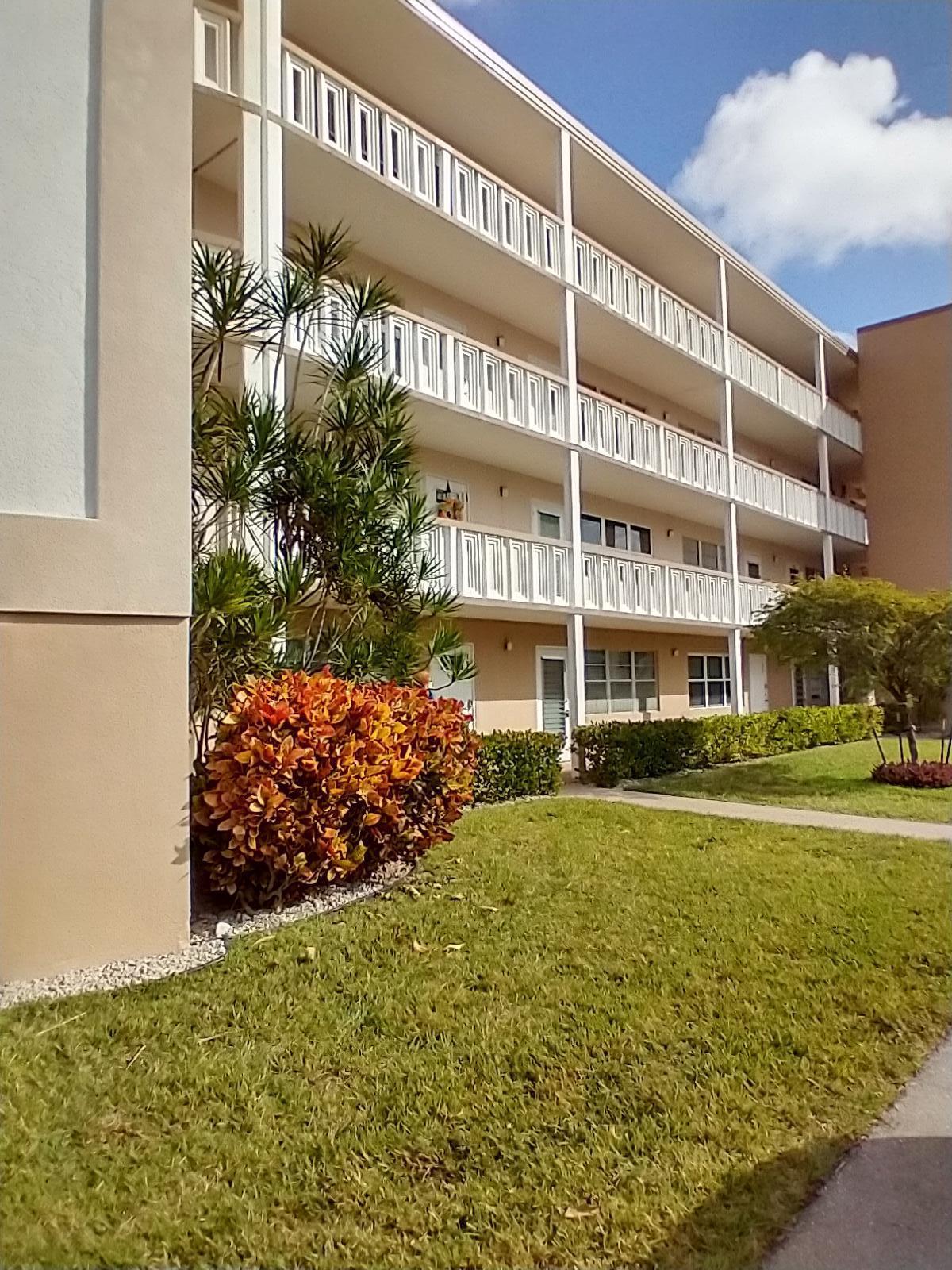 445 Dover C West Palm Beach, FL 33417