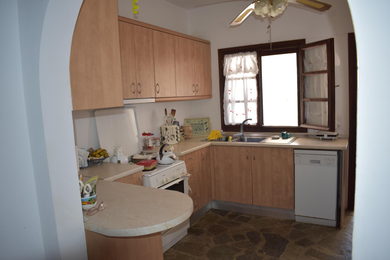 DR16 Main Kitchen area