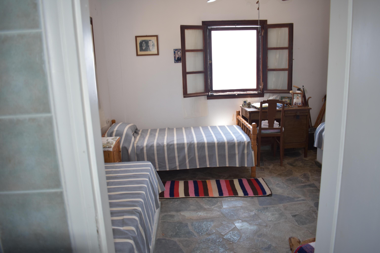 DR11 1st Floor Bed