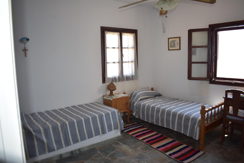 DR13 1st Floor Bedroom-3beds