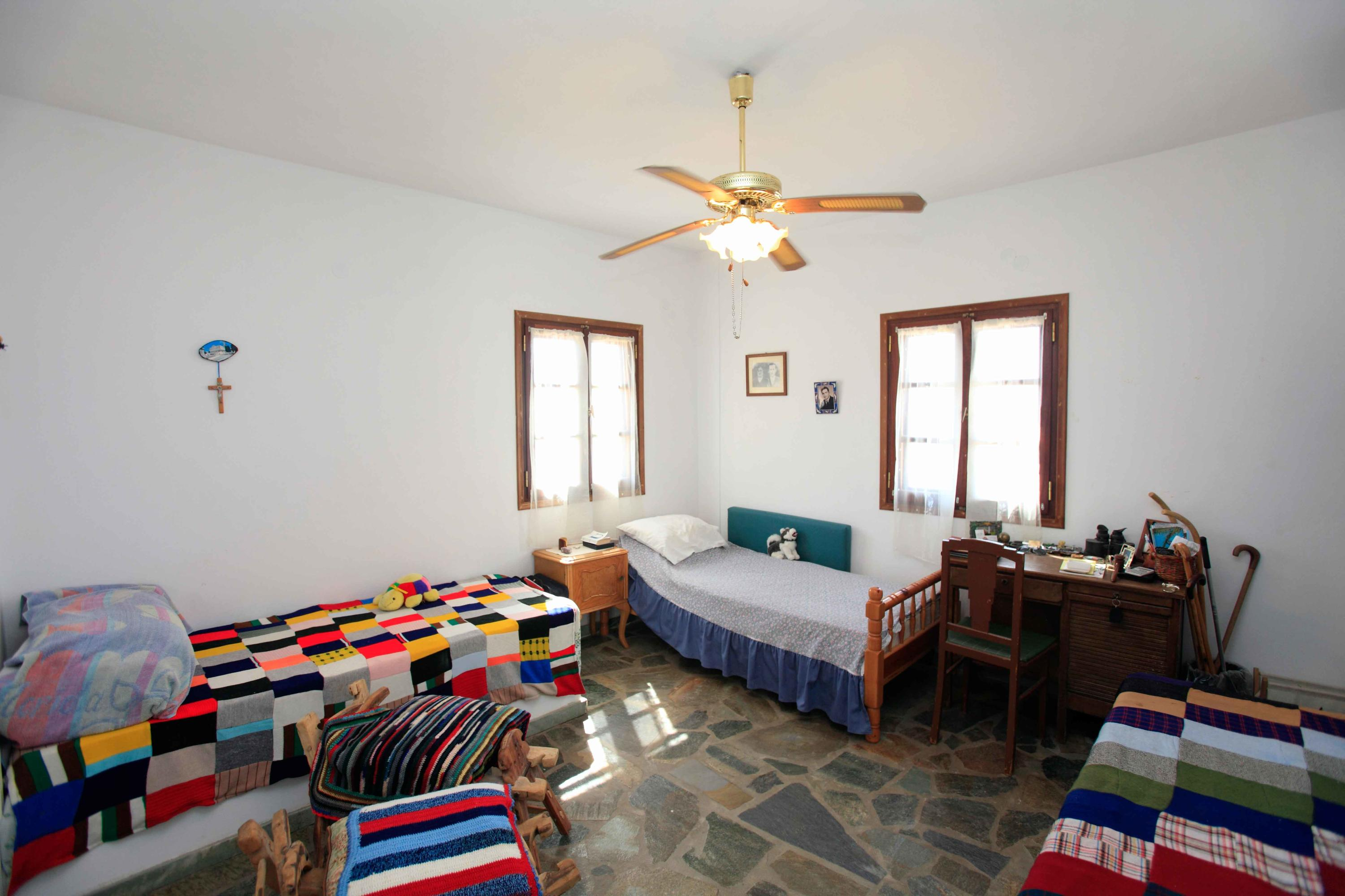 2nd Master Bedroom accommodates 3 beds-1