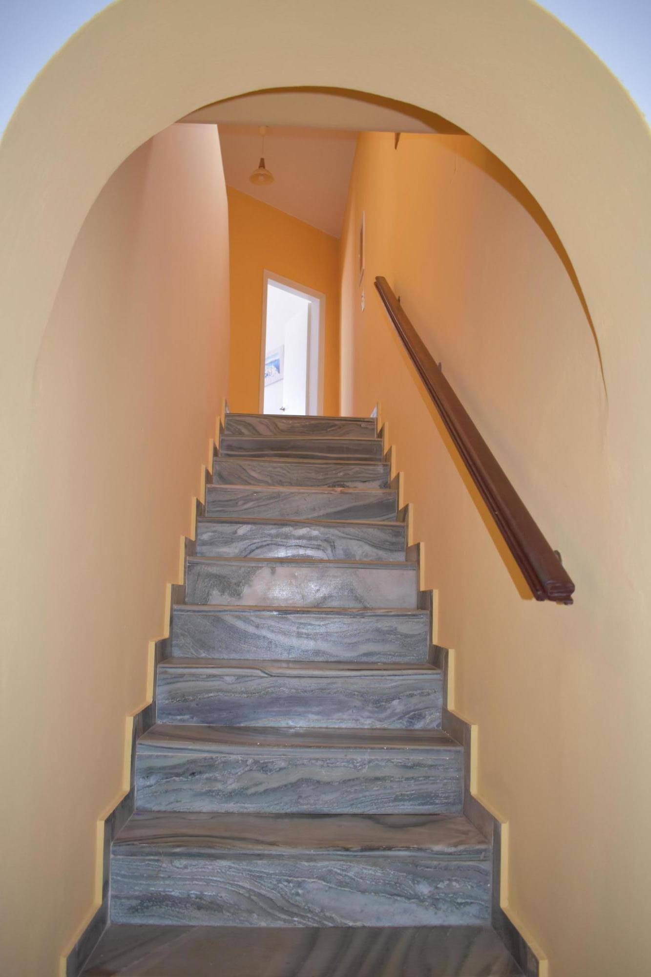 DR17 Stairway - stone to 2nd floor