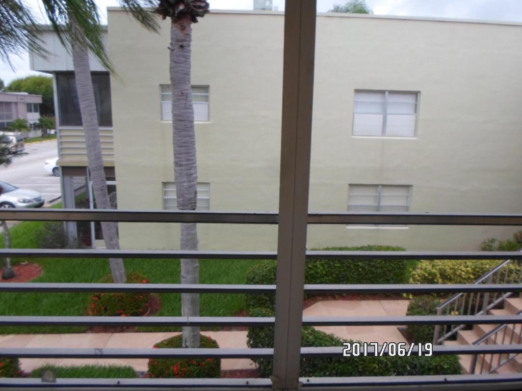 326 Capri G Delray Beach, FL 33484 photo 10