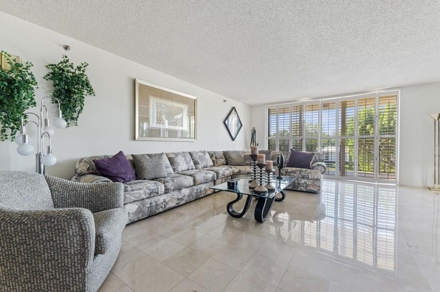 Home for sale in Mayfair Boca Raton Florida