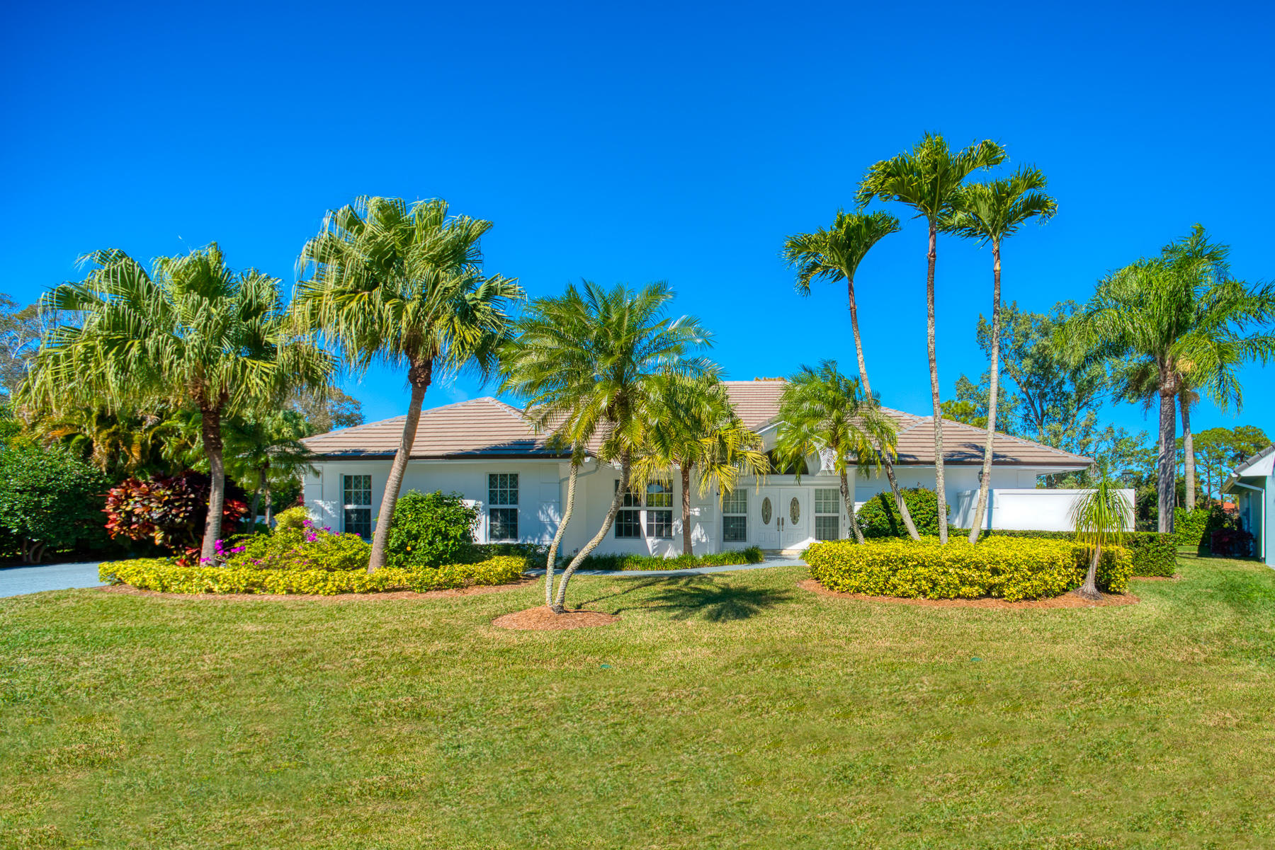 Photo of 5 Guillard Court, Palm Beach Gardens, FL 33418