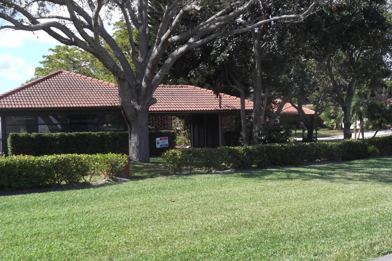 Home for sale in Knob Hill Club Inc. Boca Raton Florida
