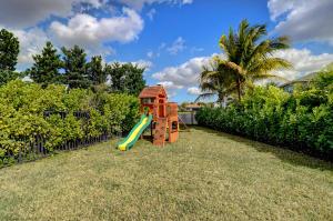 19886 Meadowside Lane Boca Raton FL 33498