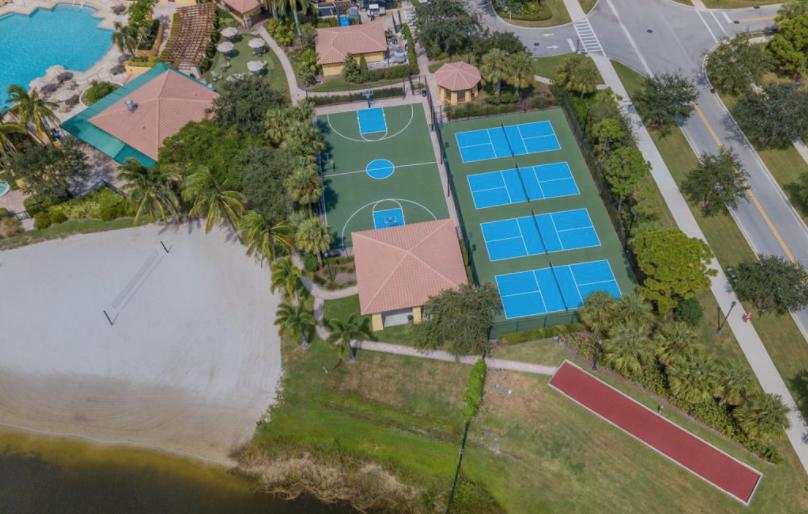 410 Pumpkin Drive Palm Beach Gardens, FL 33410