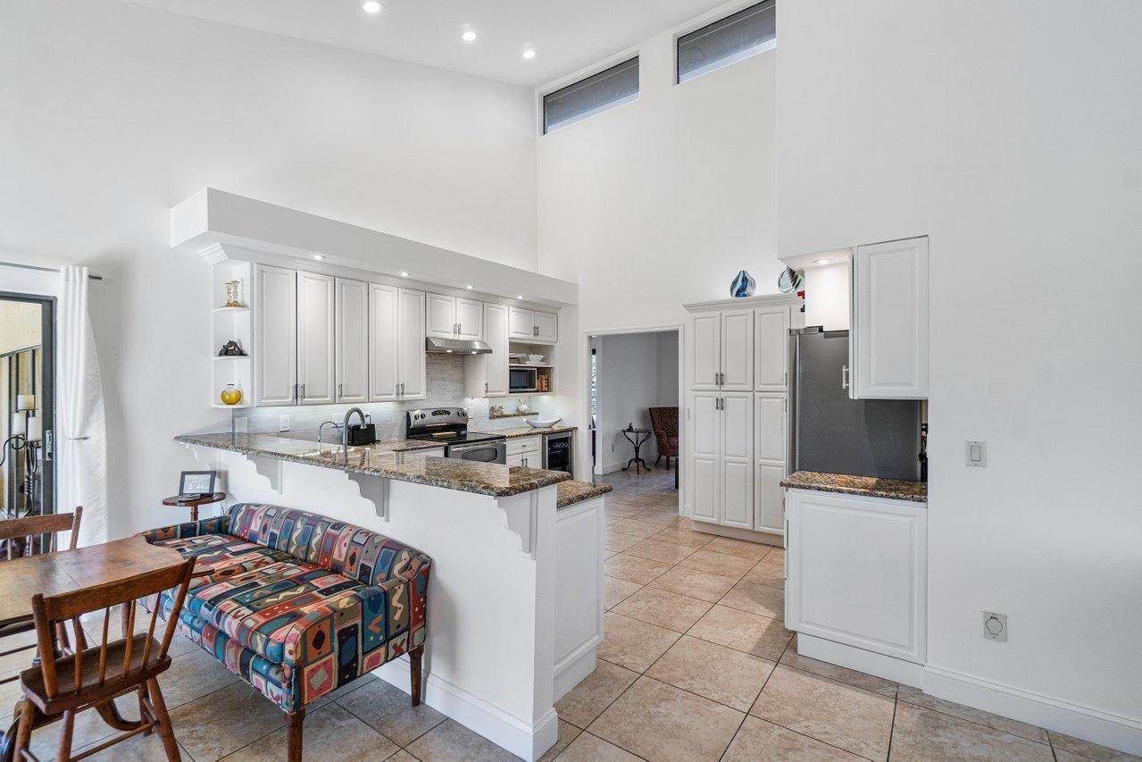 Belmont - kitchen