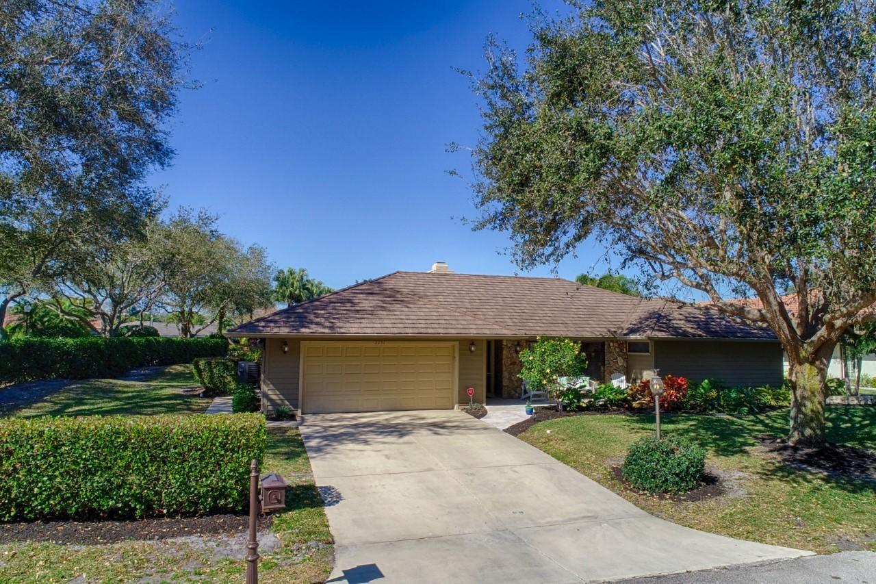 2251 Quail Ridge Palm Beach Gardens, FL 33418