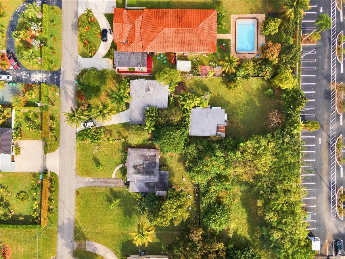 61-12_NE_146th_St_Miami_Aerial-18