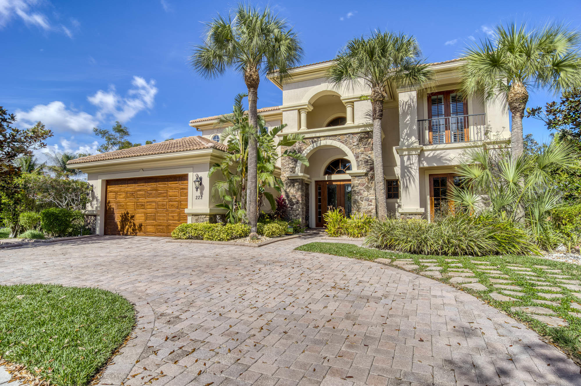 222 Sonata Drive, Jupiter, Florida 33478, 6 Bedrooms Bedrooms, ,5 BathroomsBathrooms,A,Single family,Sonata,RX-10692743