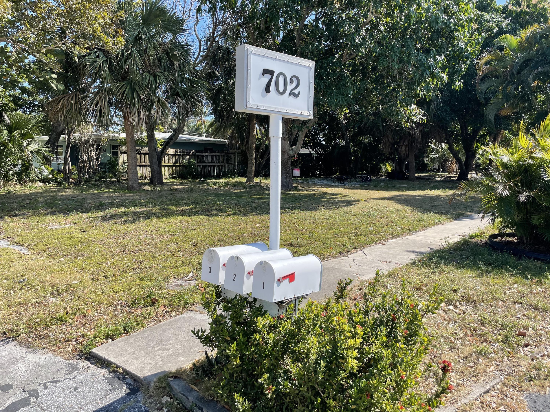 702 Bond Way, Delray Beach, Florida 33483, ,Triplex,For Sale,Bond,RX-10693342