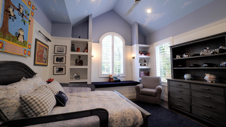 upstairsbedroom1