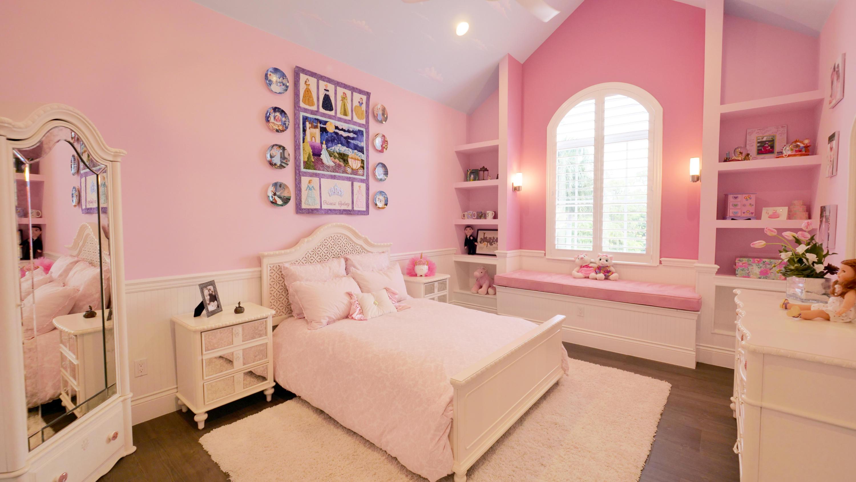 upstairsbedroom2