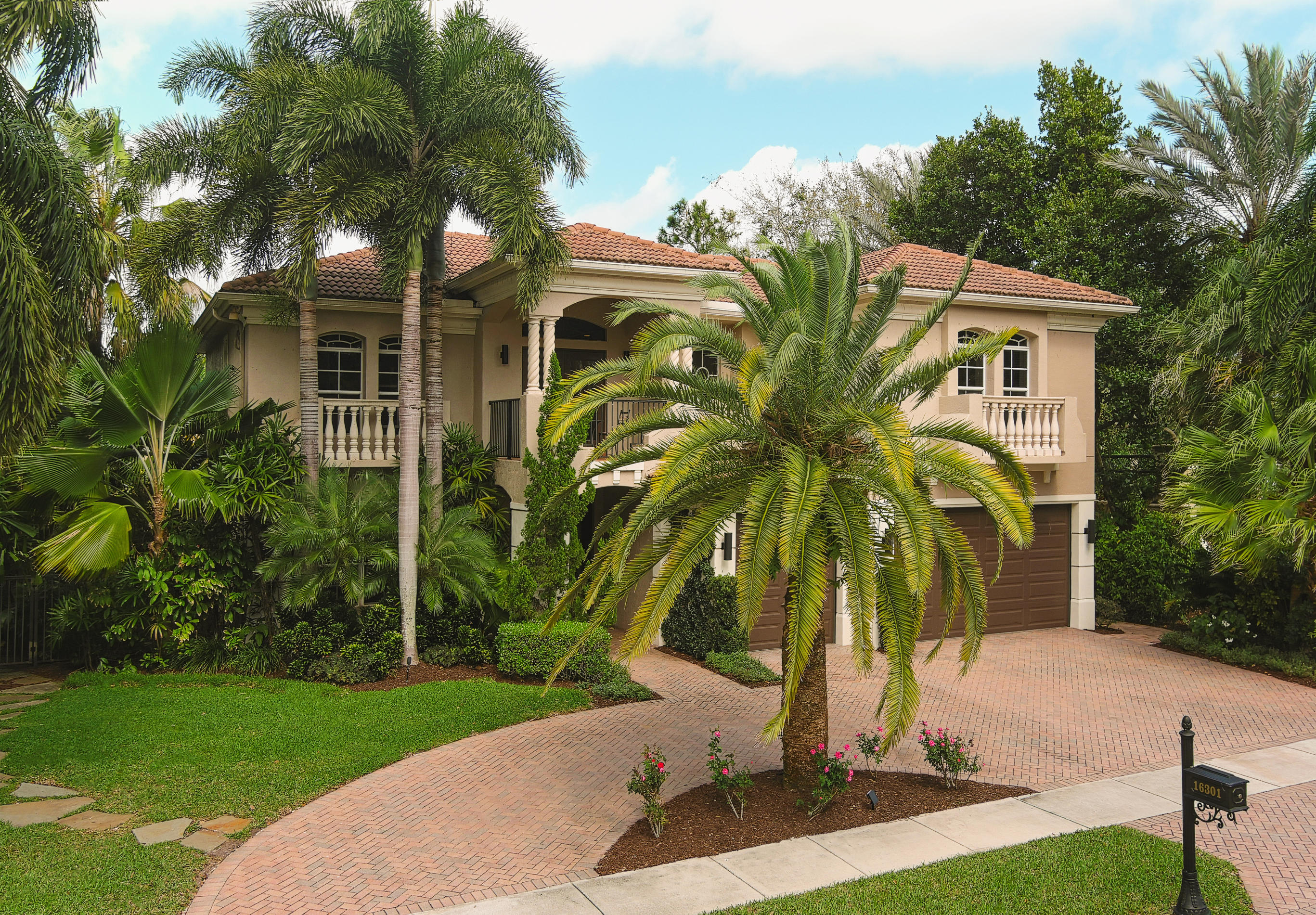 16301 Andalucia Lane, Delray Beach, Florida 33446, 5 Bedrooms Bedrooms, ,5.1 BathroomsBathrooms,Single Family Detached,For Sale,Andalucia,RX-10694730