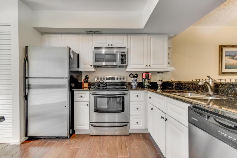 508 Brackenwood Place, Palm Beach Gardens, Florida 33418, 2 Bedrooms Bedrooms, ,2 BathroomsBathrooms,F,Condominium,Brackenwood,RX-10694600