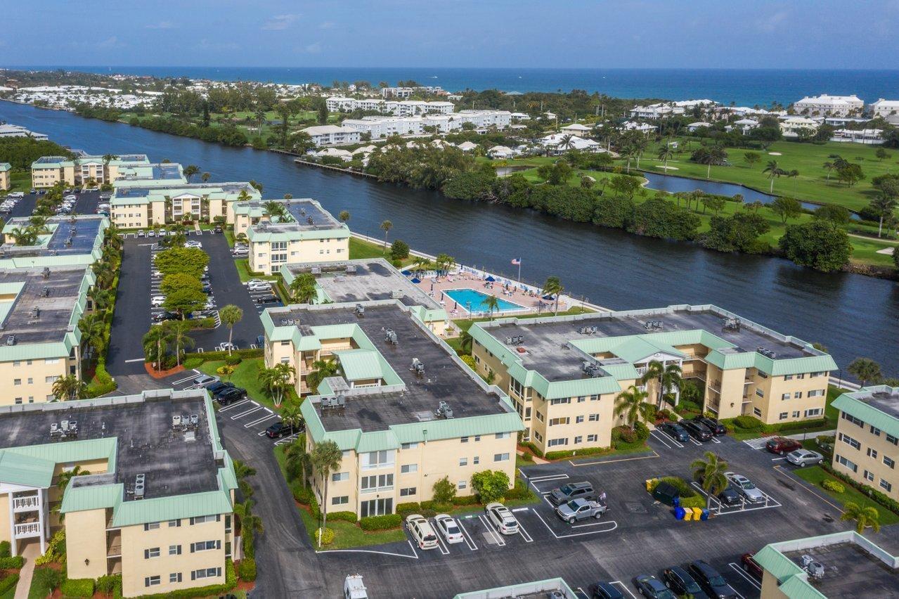 5 Colonial Club Drive #300 - 33435 - FL - Boynton Beach