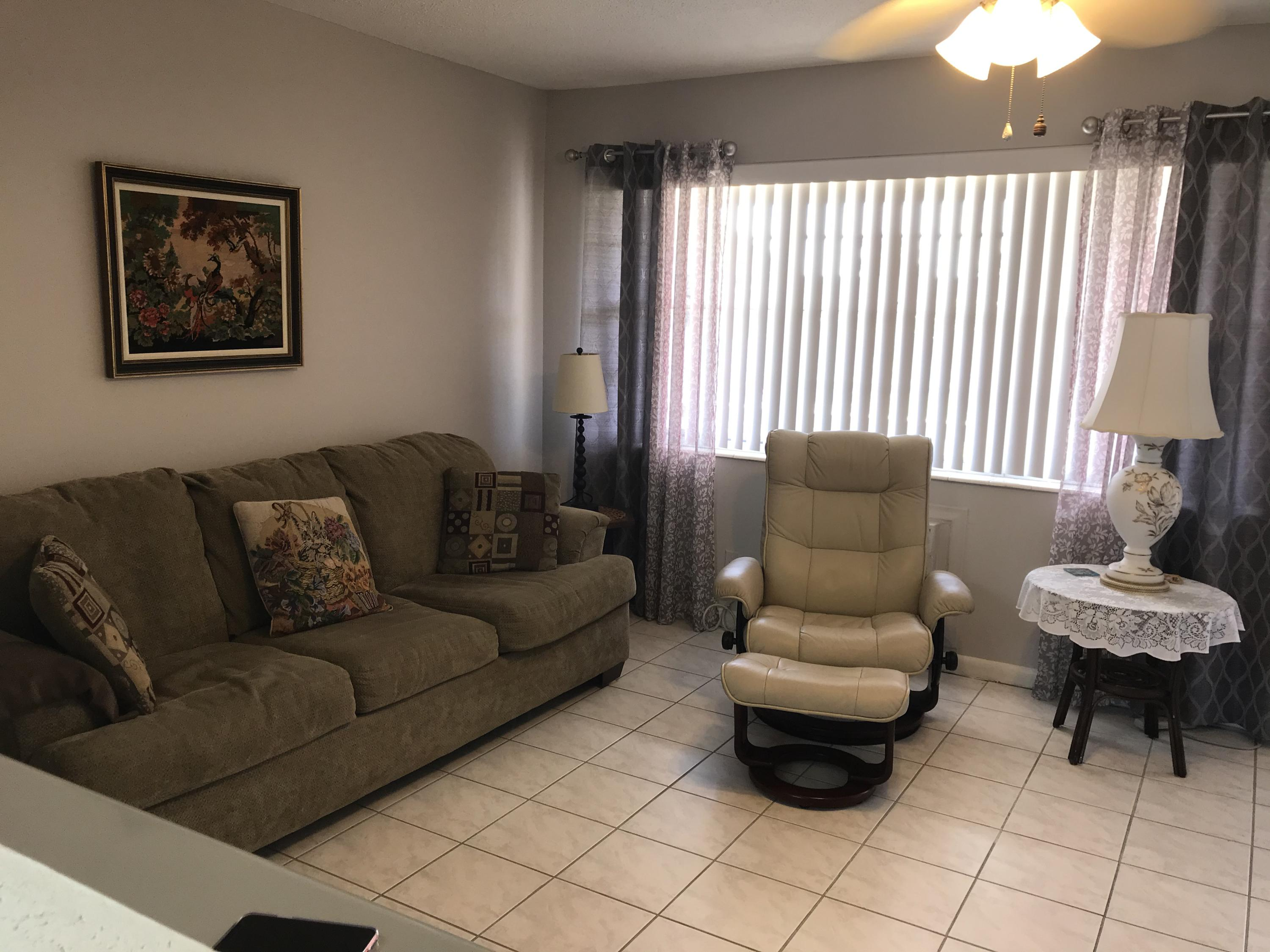 Photo of 321 Windsor N, West Palm Beach, FL 33417