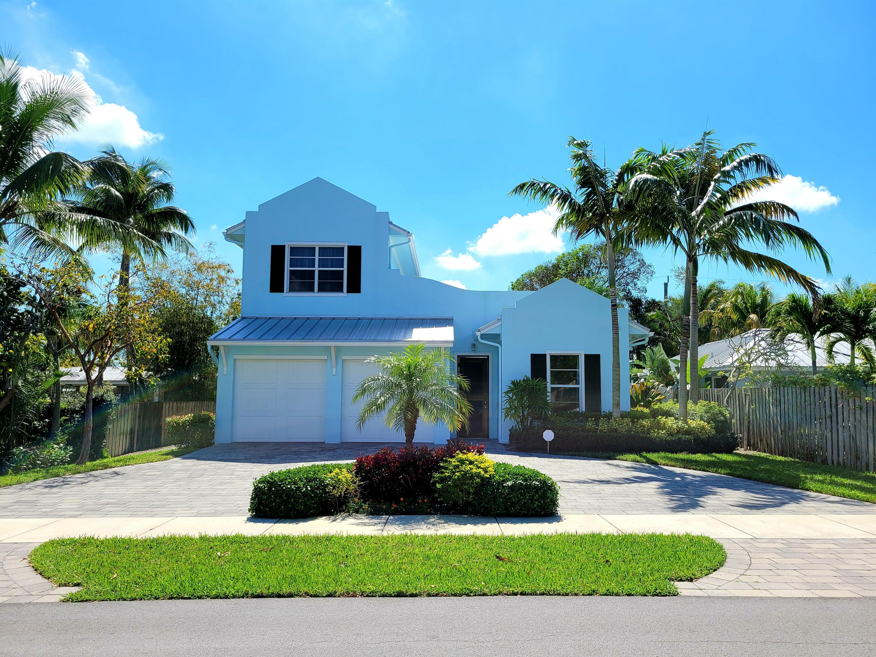 110 10th Street, Delray Beach, Florida 33444, 5 Bedrooms Bedrooms, ,4 BathroomsBathrooms,Single Family Detached,For Sale,10th,RX-10679364
