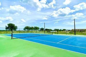 Tennis at Waterstone