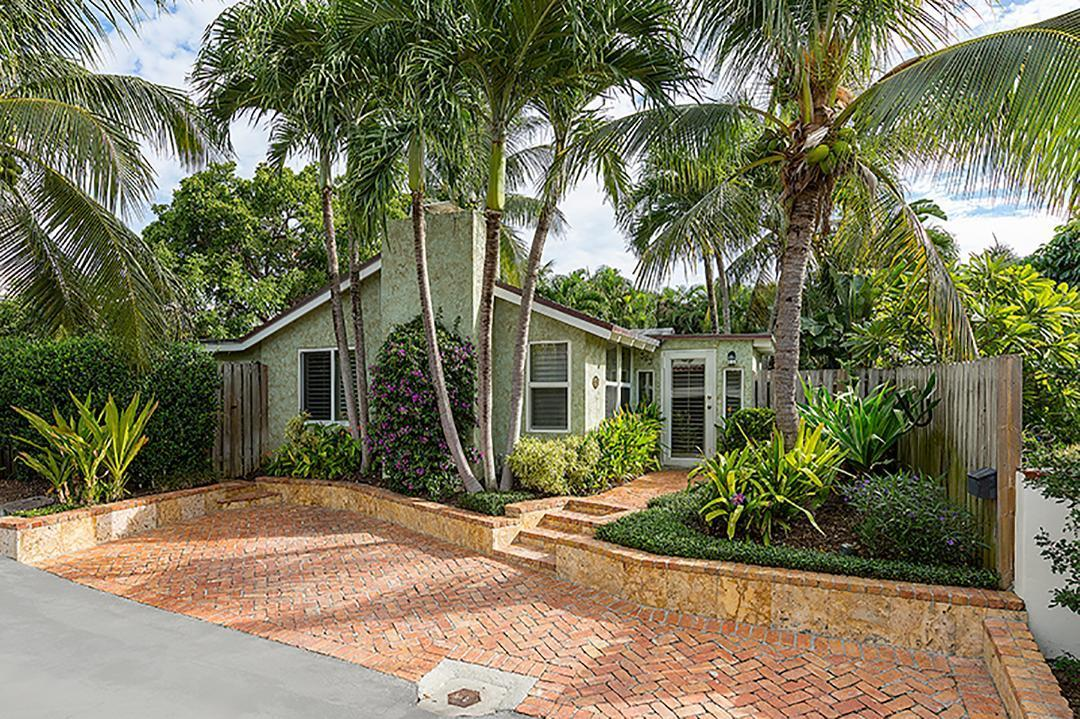 323 Sandpiper Lane, Delray Beach, Florida 33483, 2 Bedrooms Bedrooms, ,1 BathroomBathrooms,Single Family Detached,For Sale,Sandpiper,RX-10697803