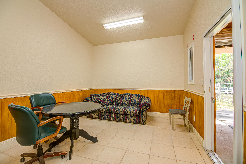 TACK ROOM/OFFICE IN BARN