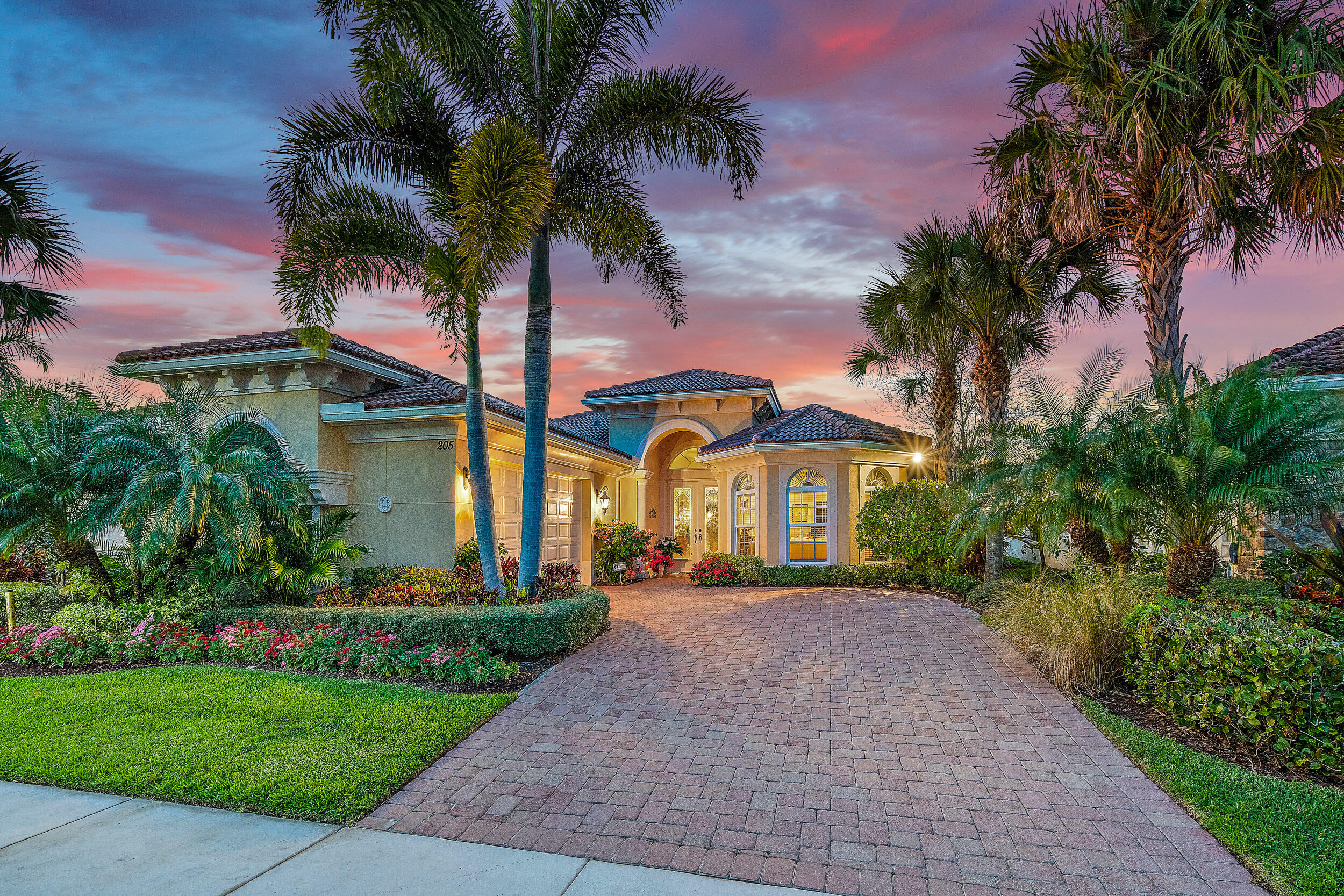 205 Carina Drive, Jupiter, Florida 33478, 3 Bedrooms Bedrooms, ,2.1 BathroomsBathrooms,A,Single family,Carina,RX-10698404