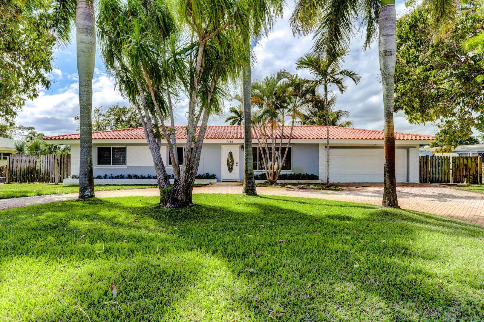 7115 Venetian Way, Lake Clarke Shores, Florida 33406, 3 Bedrooms Bedrooms, ,2 BathroomsBathrooms,Rental,For Sale,Venetian,RX-10670903