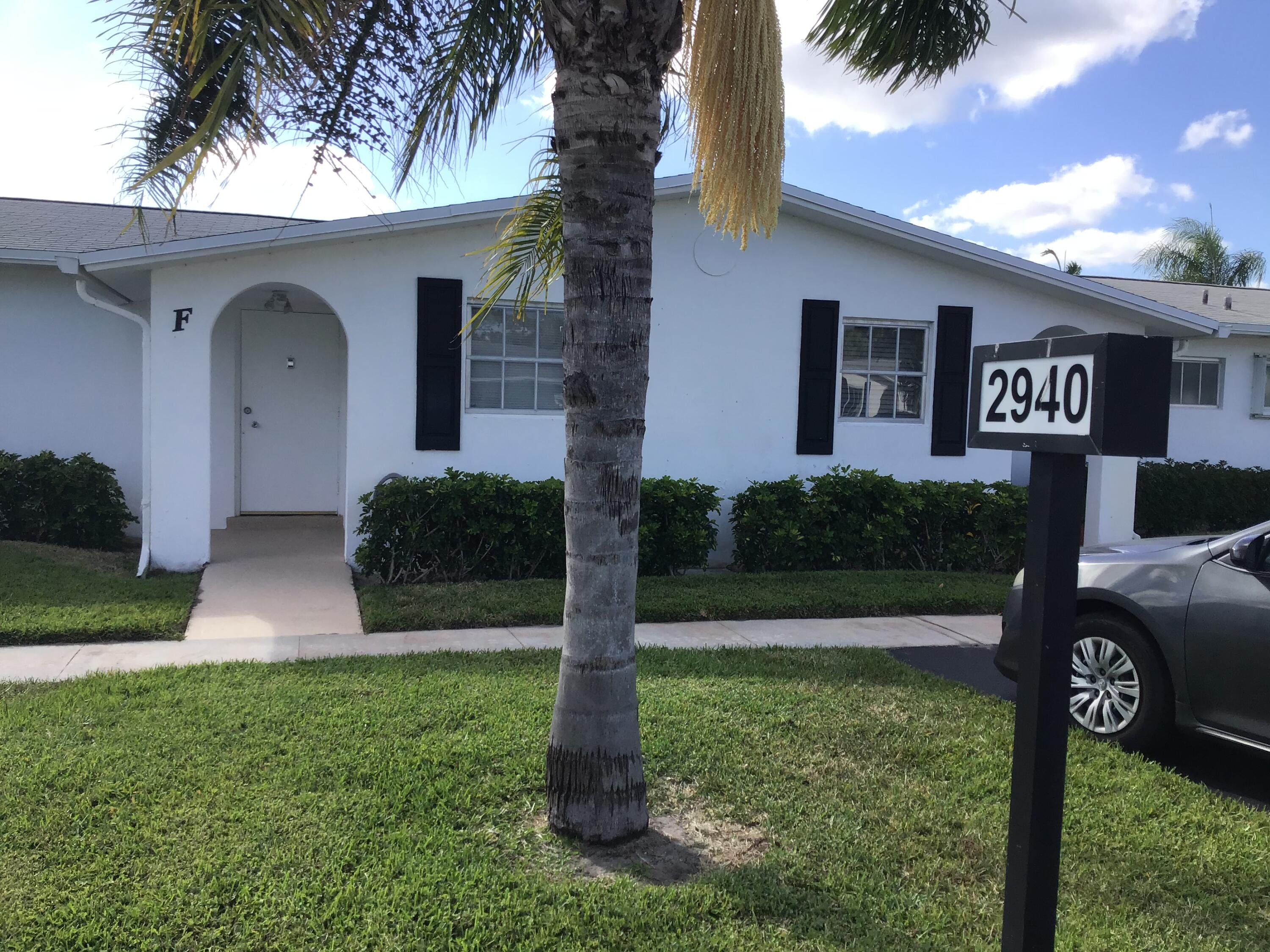 Photo of 2940 E Crosley Drive E #F, West Palm Beach, FL 33415