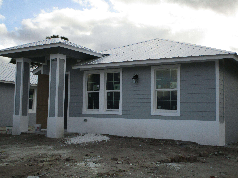 Photo of 4832 SE Flounder Avenue, Stuart, FL 34997