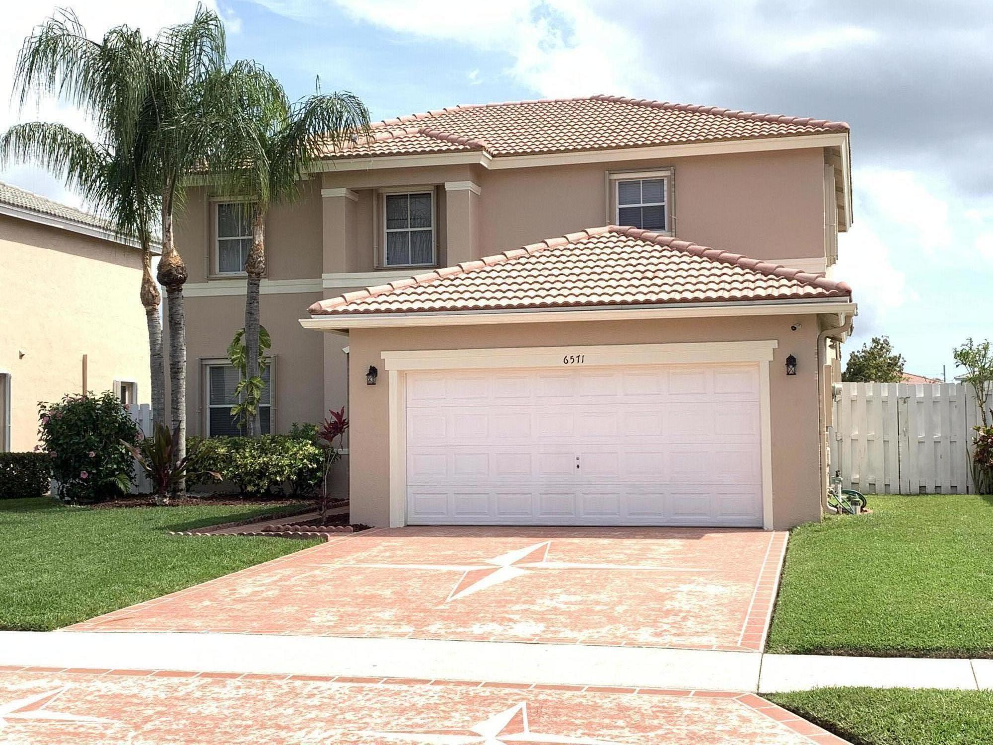 6571 Spring Meadow, Greenacres, Florida 33413