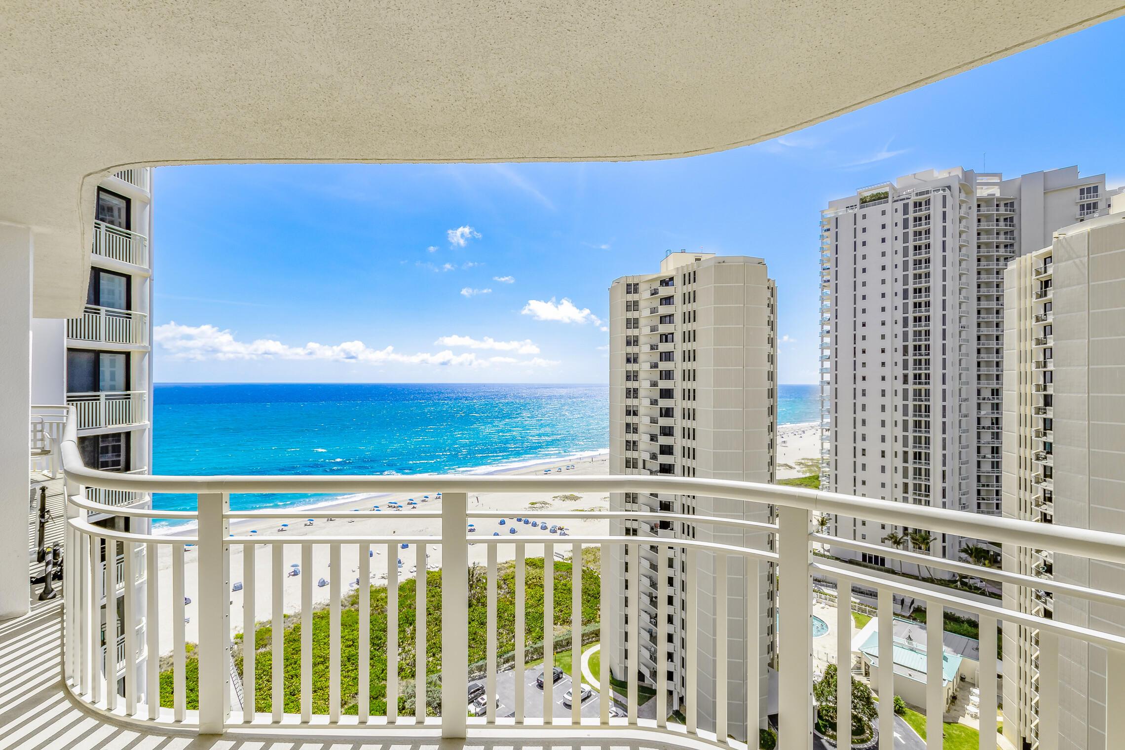3000 Ocean Drive, Singer Island, Florida 33404, 2 Bedrooms Bedrooms, ,2 BathroomsBathrooms,Rental,For Rent,Ocean,RX-10703344
