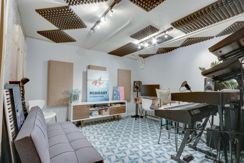 Recording Studio/2nd Office