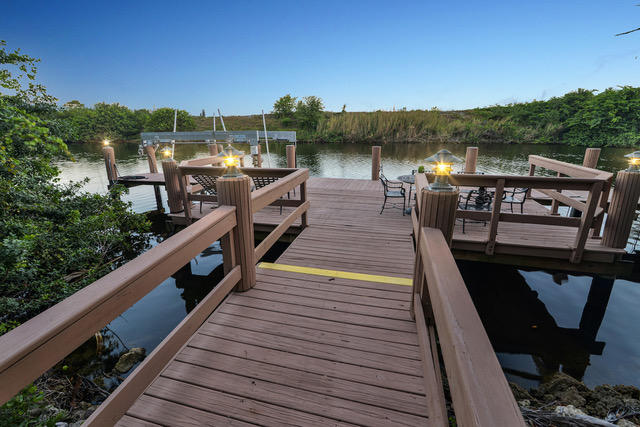 Beautiful Dock & Water View