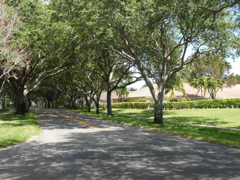 12 Aspen Court - 33436 - FL - Boynton Beach