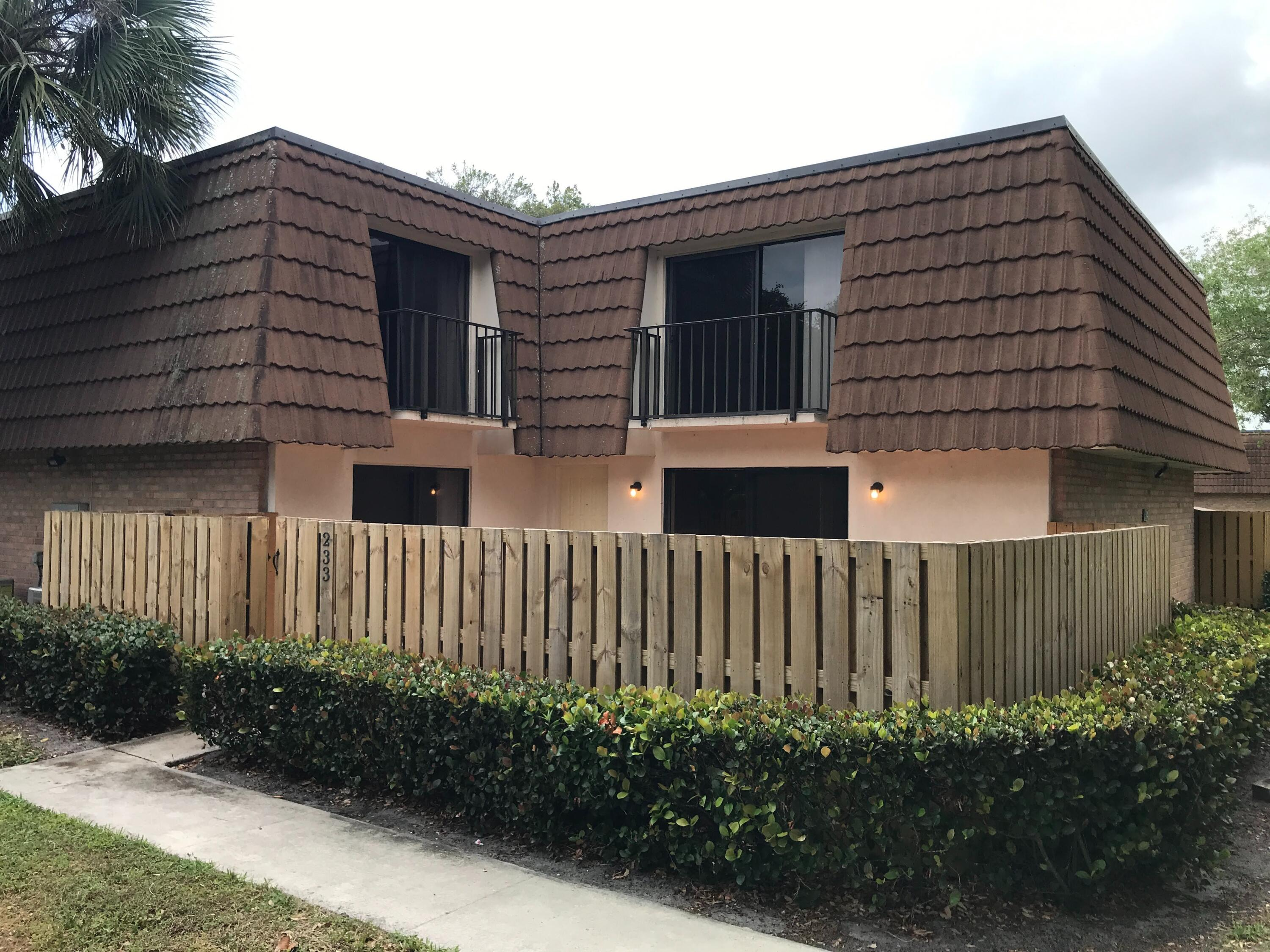 233 Charter Way - 33407 - FL - West Palm Beach