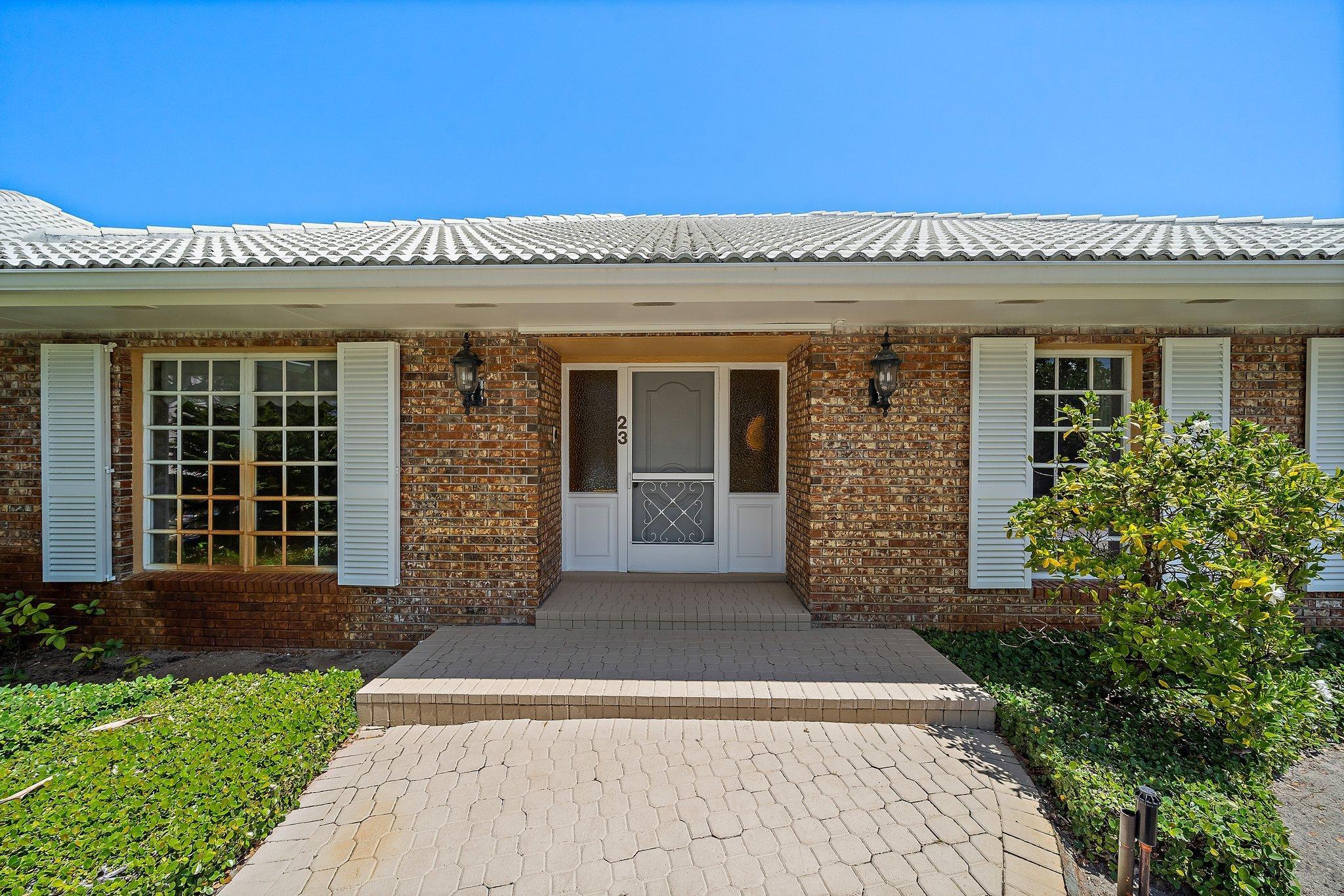 23 Country Club, Tequesta, Florida 33469