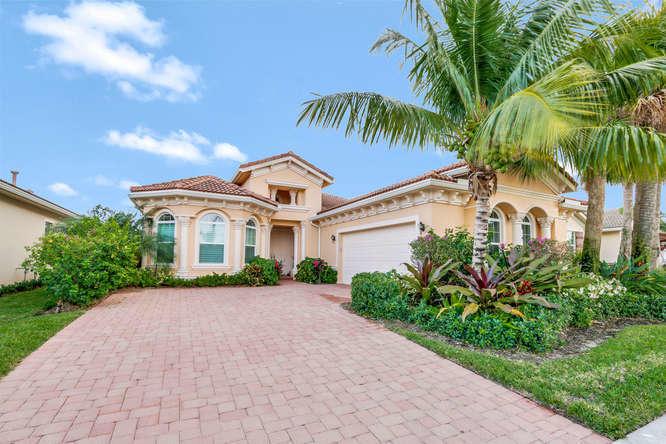 284 Carina Drive, Jupiter, Florida 33478, 3 Bedrooms Bedrooms, ,2.1 BathroomsBathrooms,F,Single family,Carina,RX-10707238