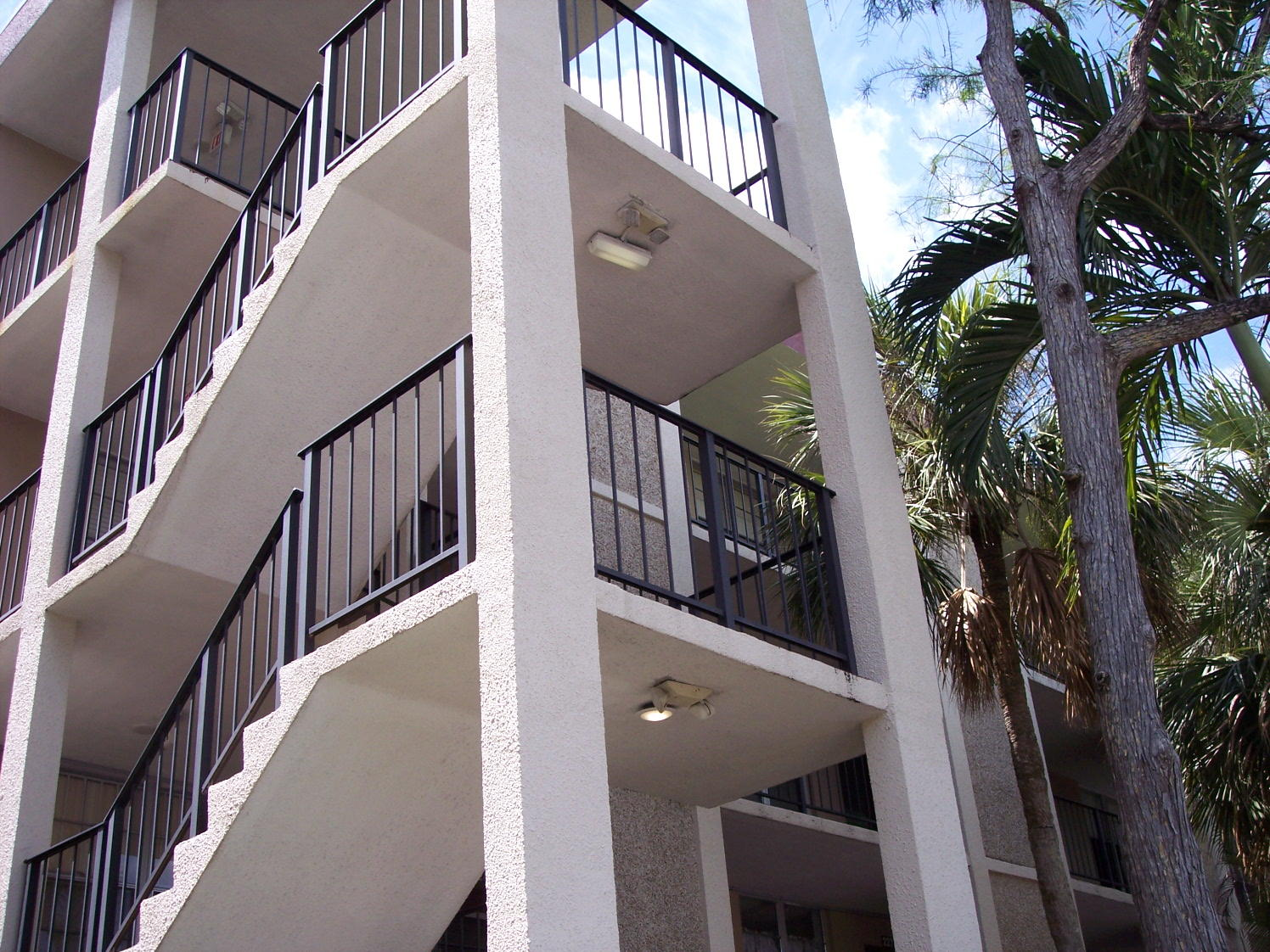 2650 49th Avenue, Lauderdale Lakes, Florida 33313, 2 Bedrooms Bedrooms, ,2 BathroomsBathrooms,Residential,For Sale,49th,RX-10707729