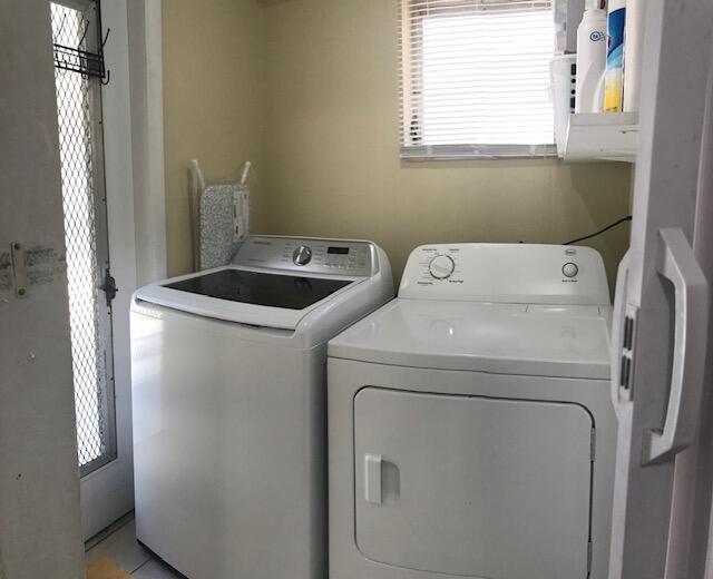 3585 Corrigan Court, Palm Springs, Florida 33461, 3 Bedrooms Bedrooms, ,1 BathroomBathrooms,Residential,For Sale,Corrigan,RX-10707779