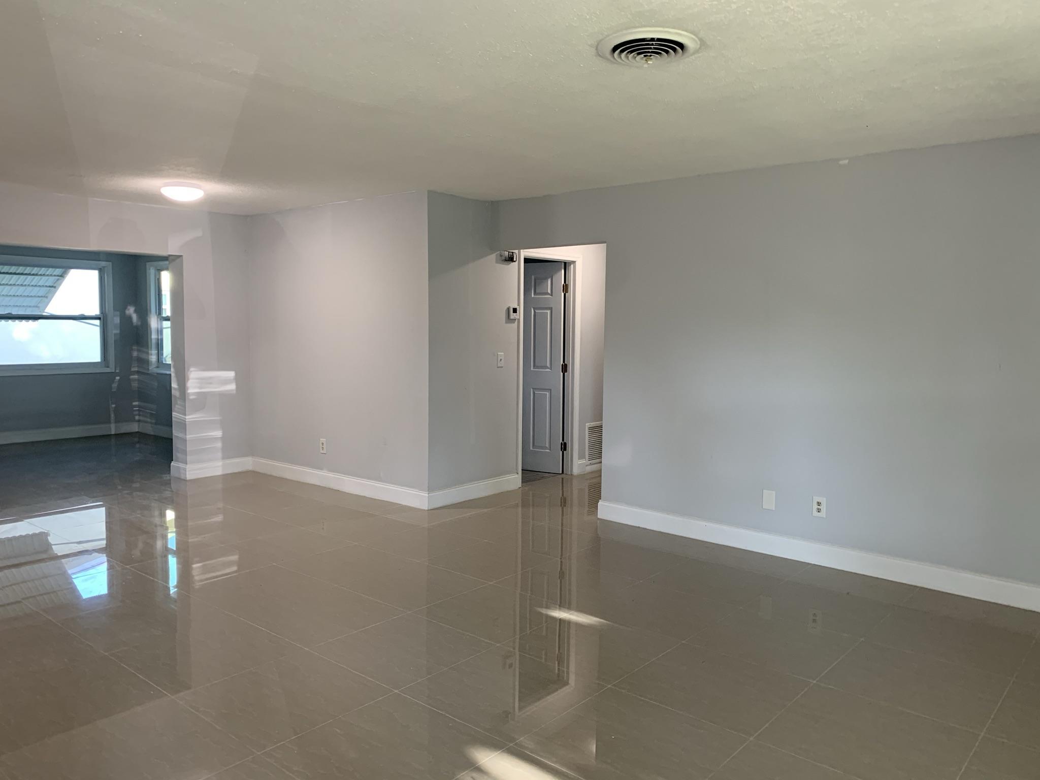 3177 Lake Avenue, Jensen Beach, Florida 34957, 3 Bedrooms Bedrooms, ,2 BathroomsBathrooms,Residential,For Sale,Lake,RX-10707765