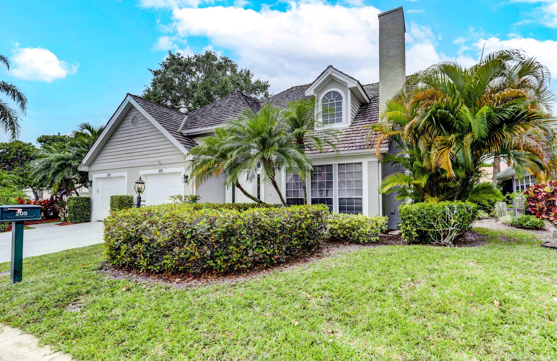 205 Woodsmuir Court, Palm Beach Gardens, Florida 33418, 2 Bedrooms Bedrooms, ,2.1 BathroomsBathrooms,A,Townhouse,Woodsmuir,RX-10710383