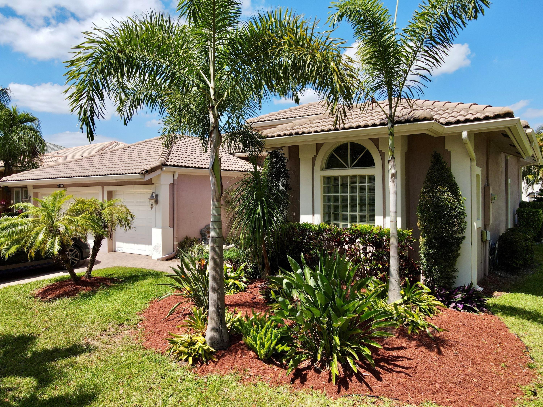 Pelican Isle, Naples, Florida Real Estate