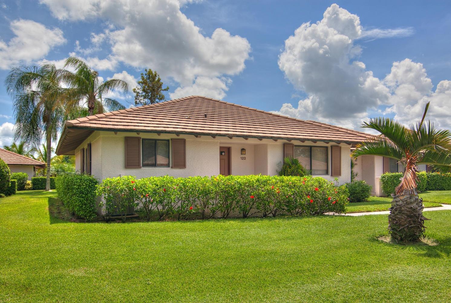 122 Club Drive, Palm Beach Gardens, Florida 33418, 2 Bedrooms Bedrooms, ,2 BathroomsBathrooms,F,Villa,Club,RX-10711975